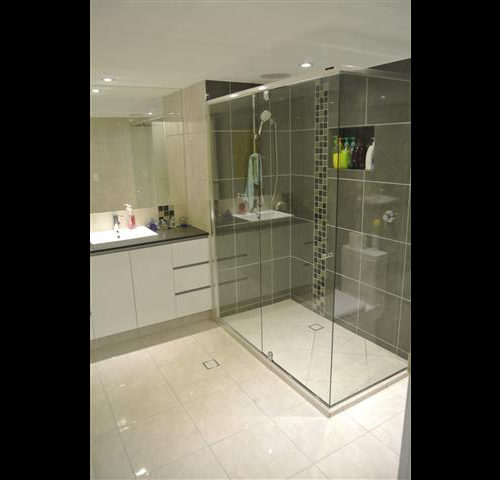 Modern Big Shower, Stone Benchtops, High Quality Fixtures and Fittings