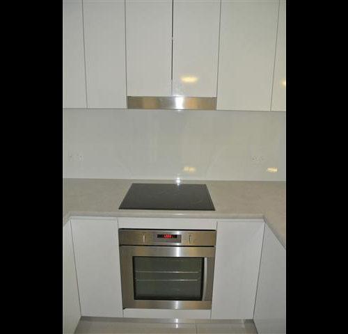 Minimalist Look, Handleless Design, Laminex Top, High Quality Kitchen Appliances, Tiled Splashback