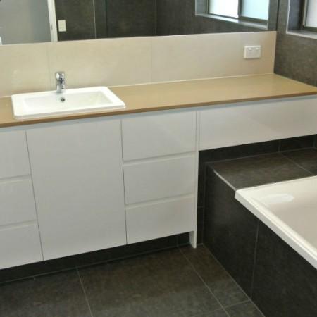 paragon-renovations-fielding-bathroom-05