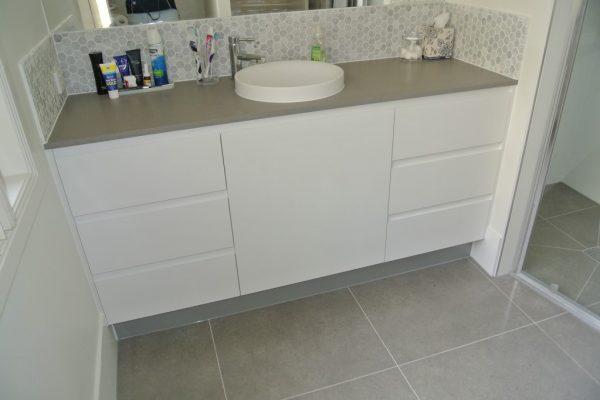 paragon-renovations-bathroom-renovations-model-10