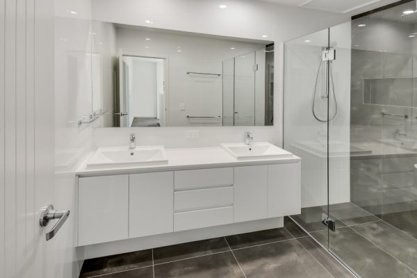 paragon-renovations-bathroom-renovations-model-21