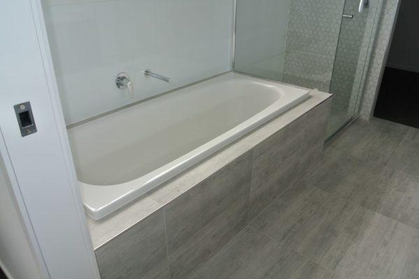 paragon-renovations-bathroom-renovations-model-23