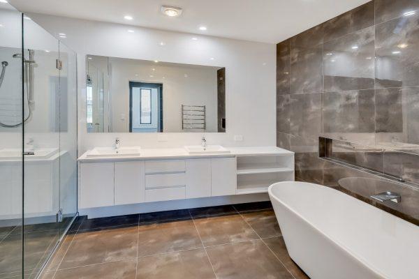 paragon-renovations-bathroom-renovations-model-28