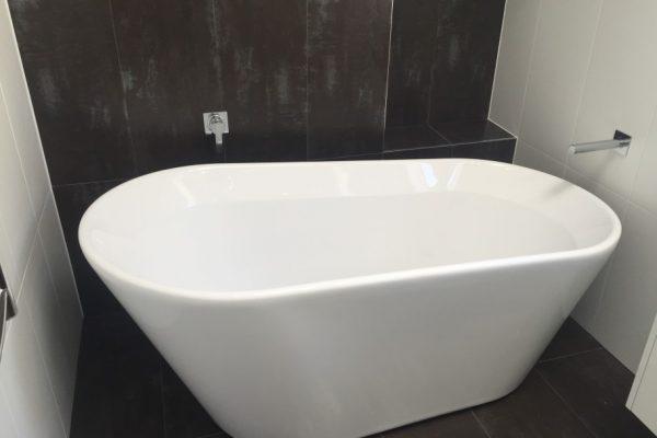 paragon-renovations-bathroom-renovations-model-30