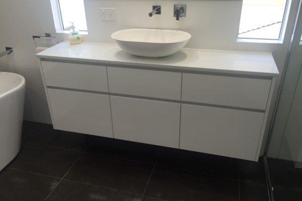 paragon-renovations-bathroom-renovations-model-31