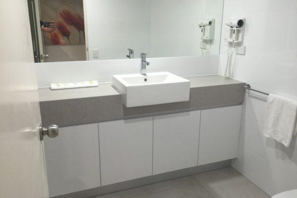 paragon-renovations-bathroom-renovations-model-32