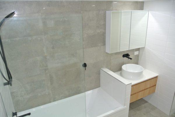 paragon-renovations-bathroom-renovations-model-8