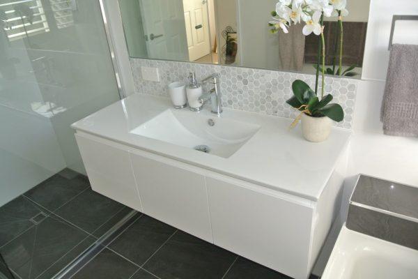 paragon-renovations-bathroom-renovations-model-9
